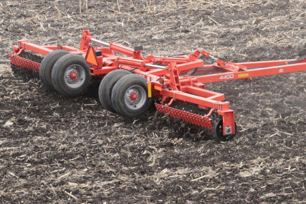 Kuhn 4400-44 for sale at Colerain, North Carolina
