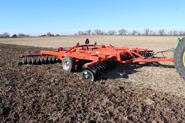 Kuhn | Class I: Seedbed Finishing | 7305 Tandem for sale at Colerain, North Carolina