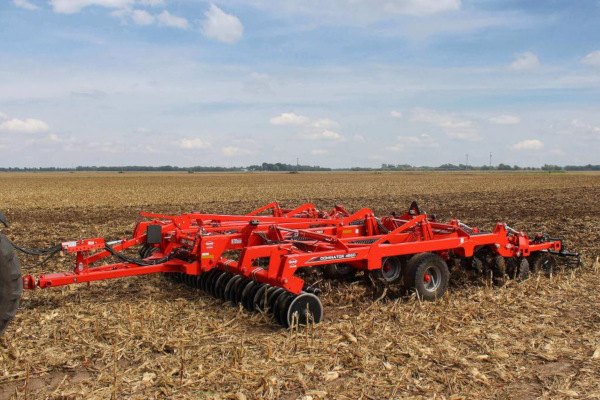 Kuhn DOMINATOR 4860-13 for sale at Colerain, North Carolina