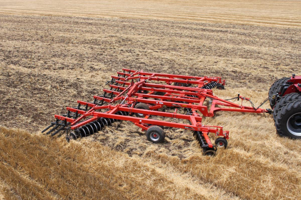 Kuhn | Disc Harrows | Class III: Primary Tillage for sale at Colerain, North Carolina
