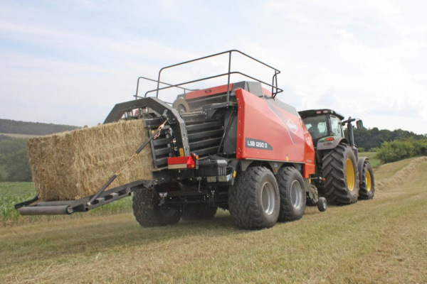 Kuhn | Baler | Large Square Balers for sale at Colerain, North Carolina