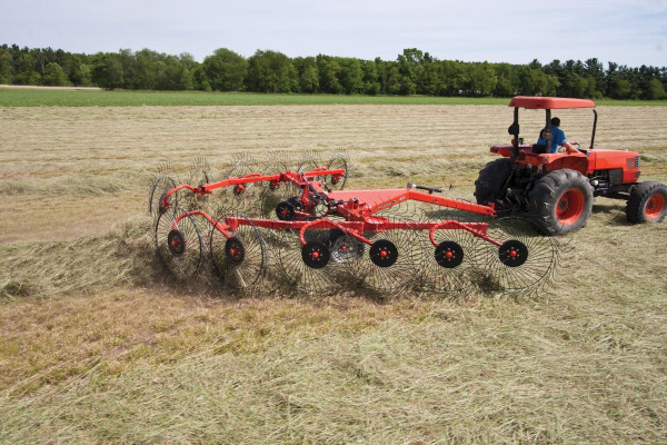 Kuhn | Wheel Rakes | SR 100 GII Series for sale at Colerain, North Carolina