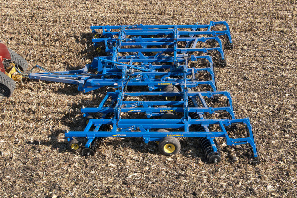 Landoll | Secondary Tillage & Seedbed Preparation | 7400 VT PLUS (Vertical Tillage) for sale at Colerain, North Carolina