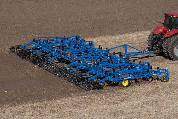 Landoll | Secondary Tillage & Seedbed Preparation | 9600 Series Field Cultivator for sale at Colerain, North Carolina