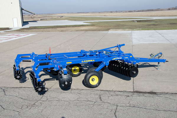 Landoll | 7400 VT PLUS (Vertical Tillage) | Model 7410-14 for sale at Colerain, North Carolina