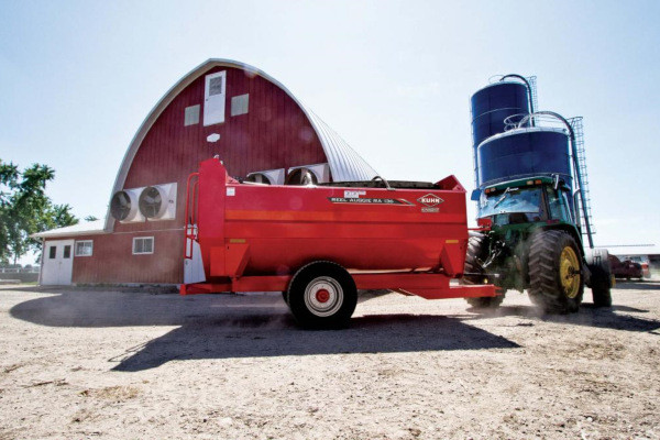 Kuhn RA 136 Trailer for sale at Colerain, North Carolina