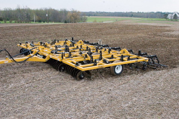 Landoll | Secondary Tillage & Seedbed Preparation | 875/876 Series Tilloll for sale at Colerain, North Carolina